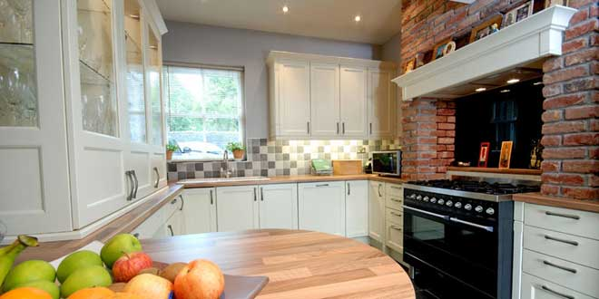 Bespoke wooden kitchens by Will Woolley, a Buxton Joiner and carpenter